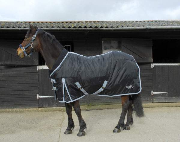 Rhinegold Elite Supa Stable Quilt With Neoprene Collar 300g