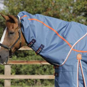 Akoni Stratus 0g Turnout Rug Neck Cover               0g Fill